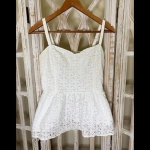Lilly Pulitzer peplum lace top size 6